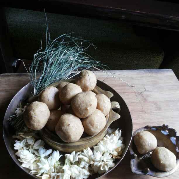 How to make Churma Ladoo