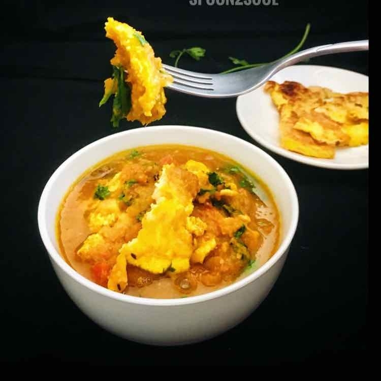 How to make South Indian Omelette Curry