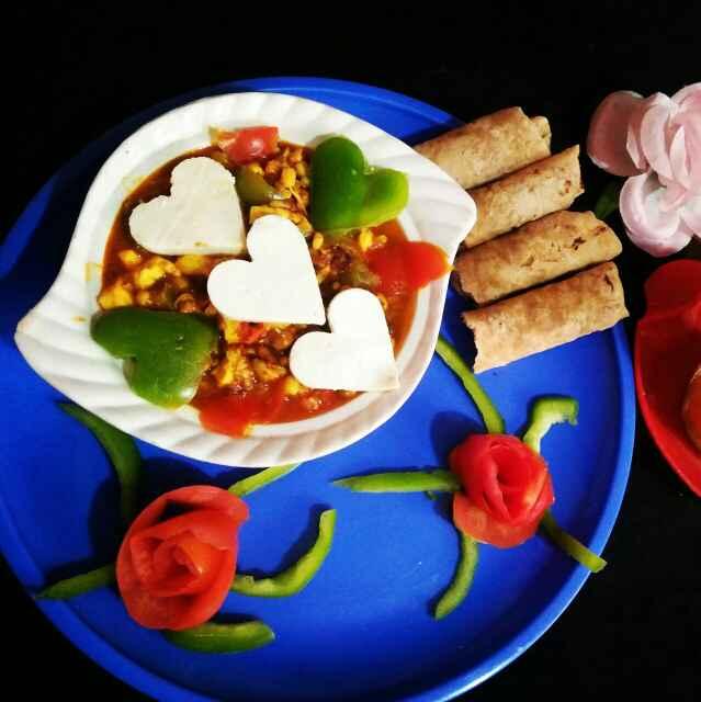 How to make लाल ग्रेवी में अंकुरित धान और पनीर की रेसिपी
