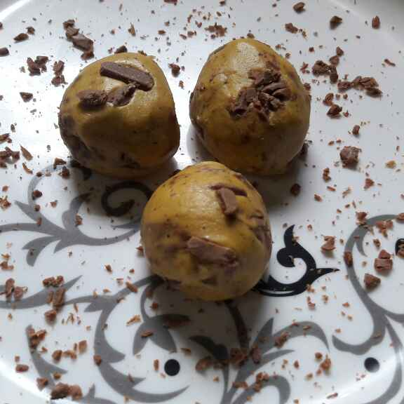 Photo of Futana ladoo with chocolate by Swati Kolhe at BetterButter