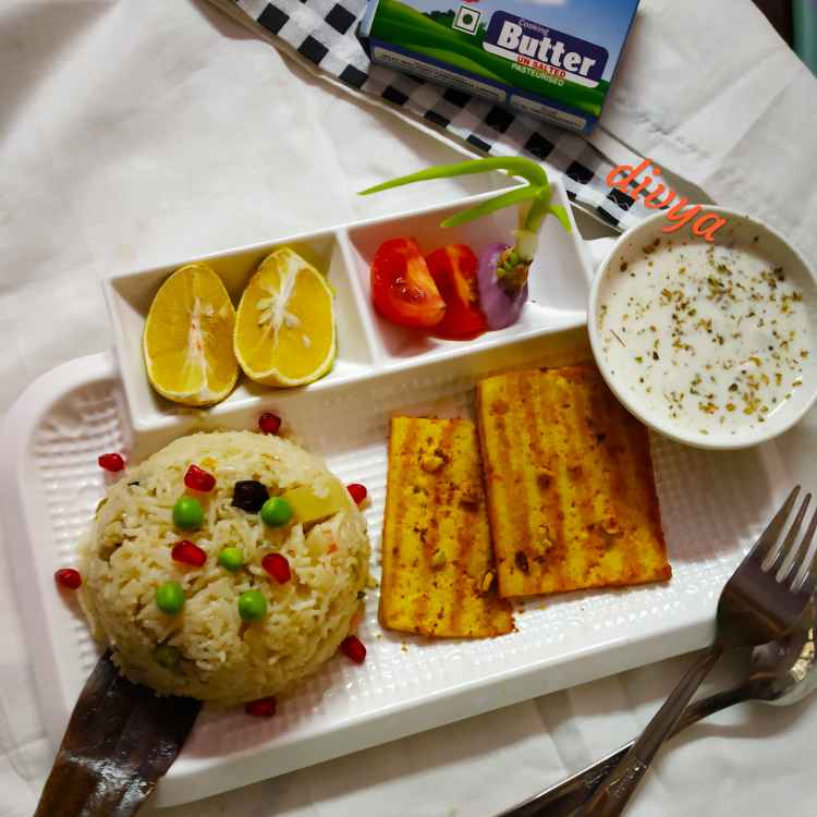 How to make Butter garlic grilled panner with white sause...butter mutter pulav