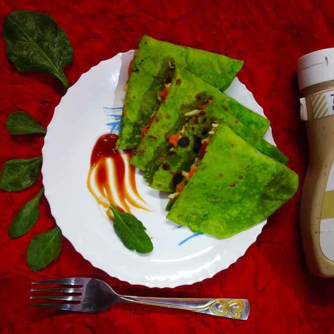 How to make పాలక్ ఛీజ్ స్టఫ్డ్ క్వసాడెల్లా