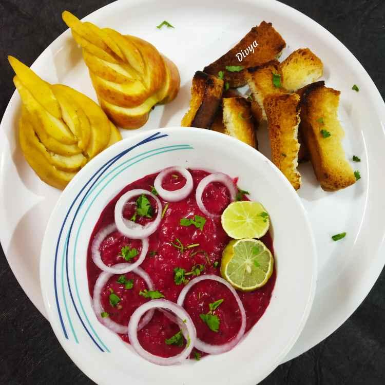 How to make Beetroot hummis onion dip