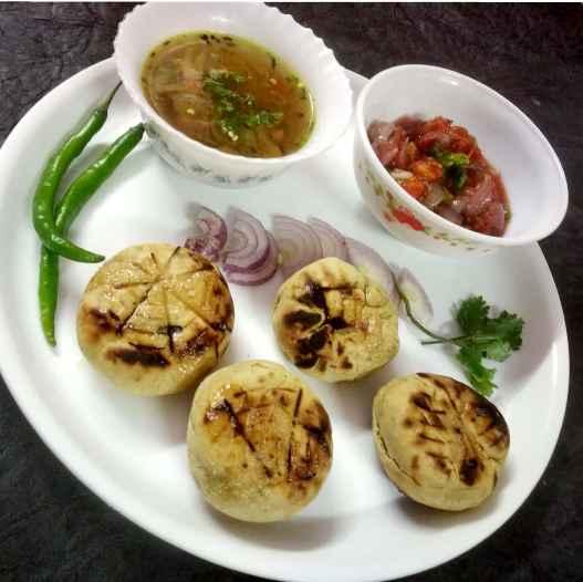 How to make :relaxed:️Tomato onion bartha dal batti