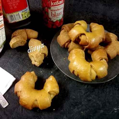 Photo of French whole wheat bread rolls by Divya Konduri at BetterButter