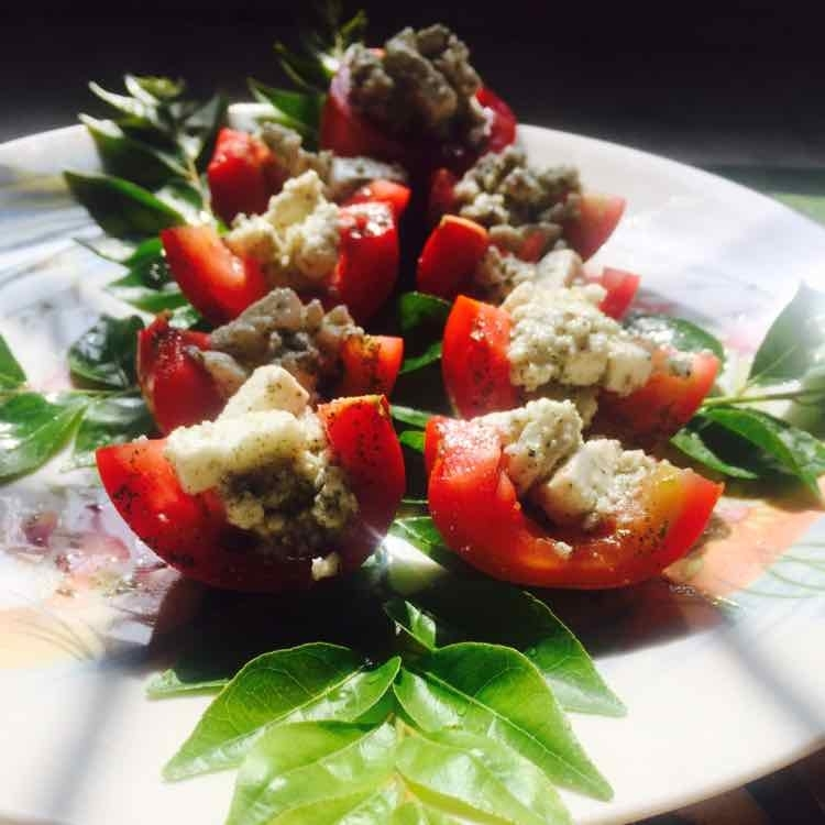 How to make Tomato and cottage cheese salad