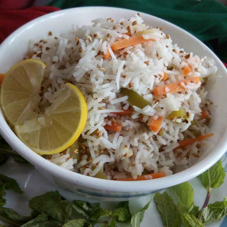 How to make Alfalfa and rice salad
