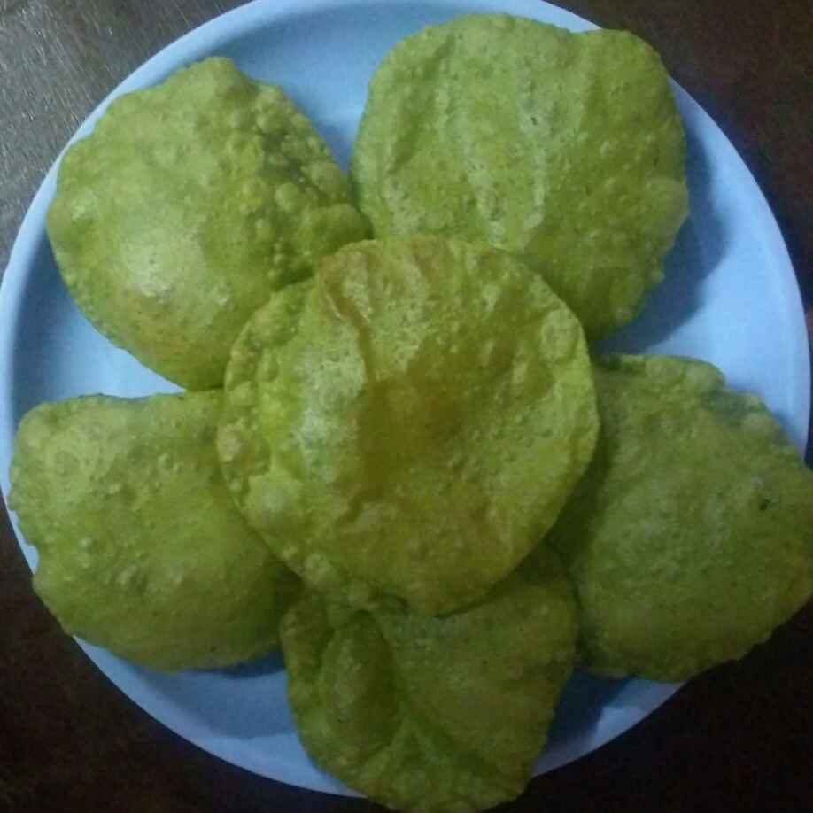 How to make పాలక్ పూరి