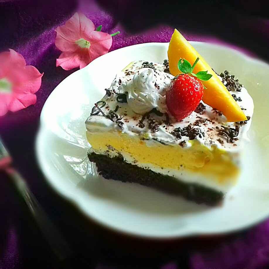 How to make Mango-Vanilla Chocolate Ice Cream Cake