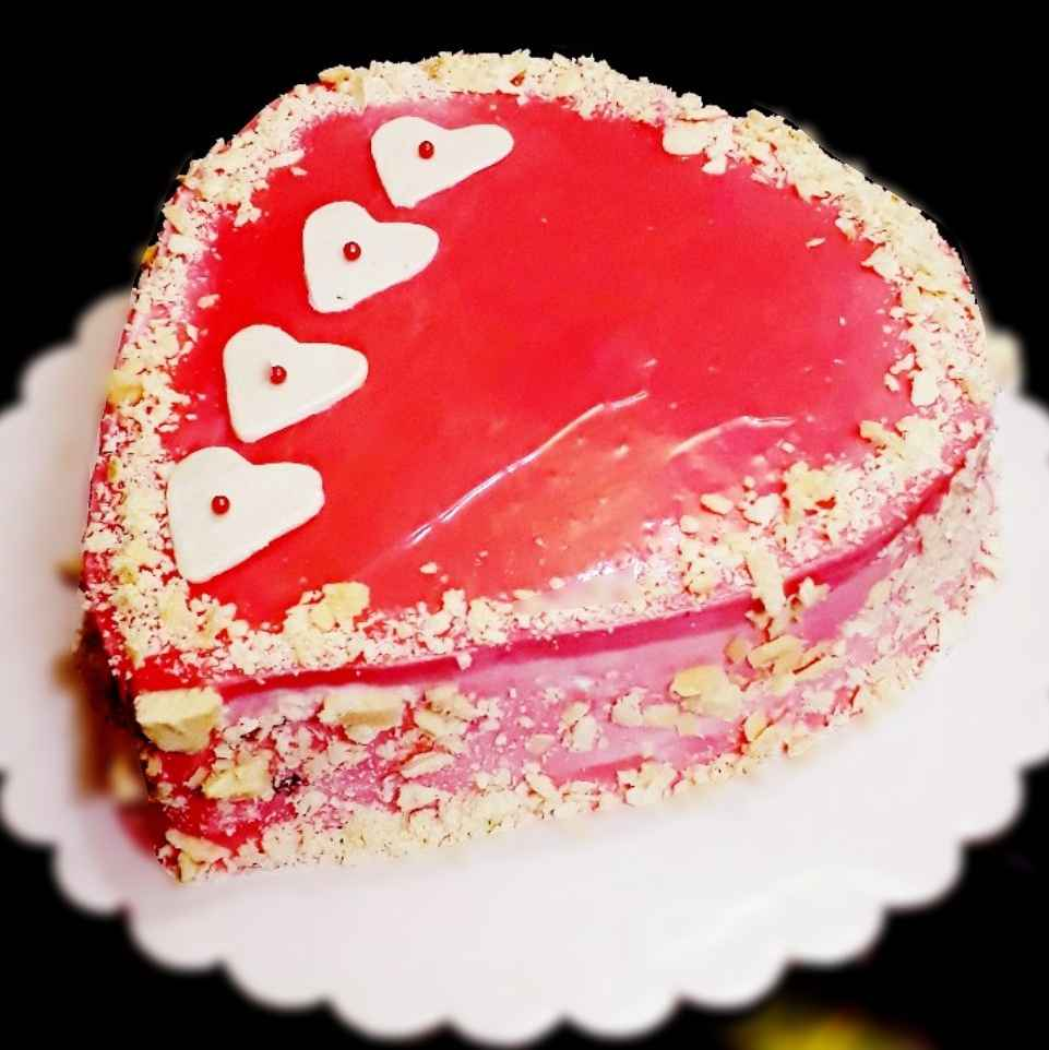 Photo of Strawberry ganache cake with strawberry filling by Tanhisikha Mukherjee at BetterButter