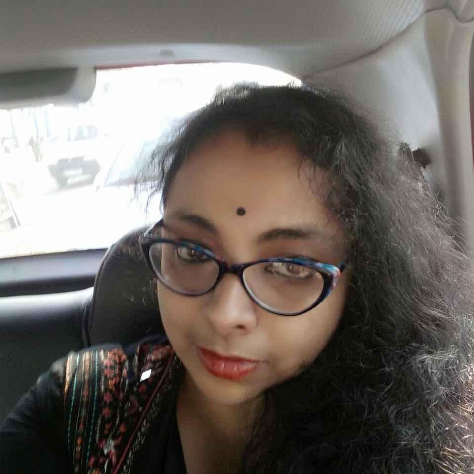 Tanni Goswami food blogger