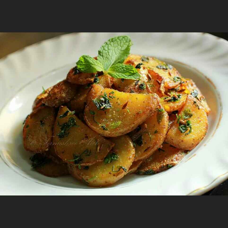 Photo of Dhania Pudinawale Aloo ( coriander & mint flavoured potatoes) by Tanushree Aich at BetterButter