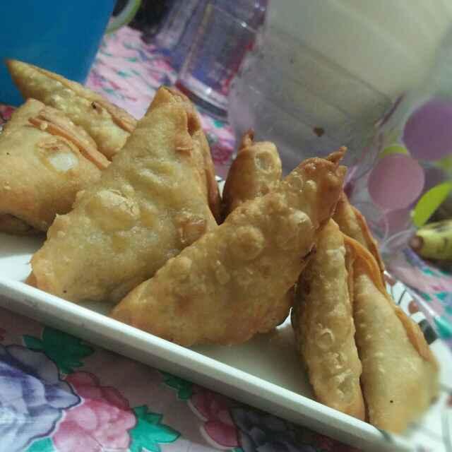 Photo of Chicken samosa by safiya abdurrahman khan at BetterButter