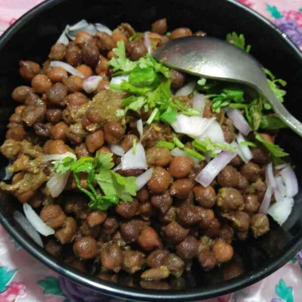 How to make Punjabi kale chane ( sukhe kale chane)