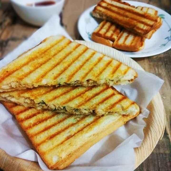 How to make પીઝા ગ્રિલ્ડ ચિકન સેન્ડવિચ
