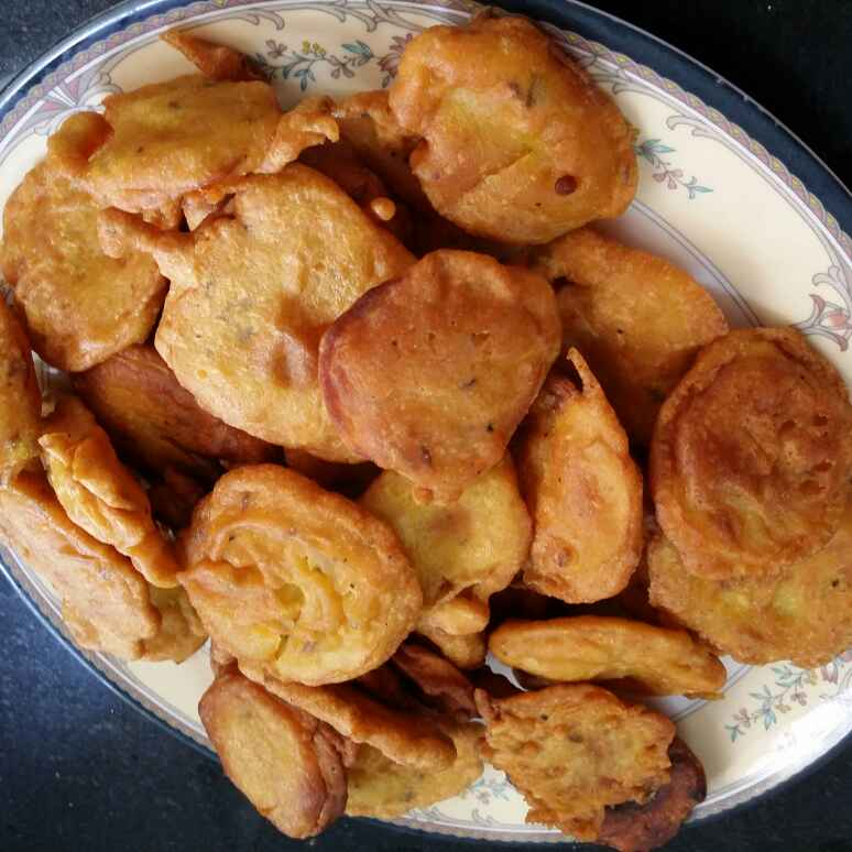 Photo of Aalu Pakode by Tasneem hozefa at BetterButter