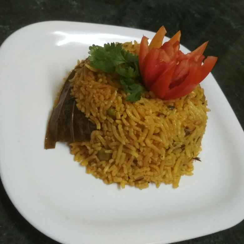 How to make Masale matar bhat