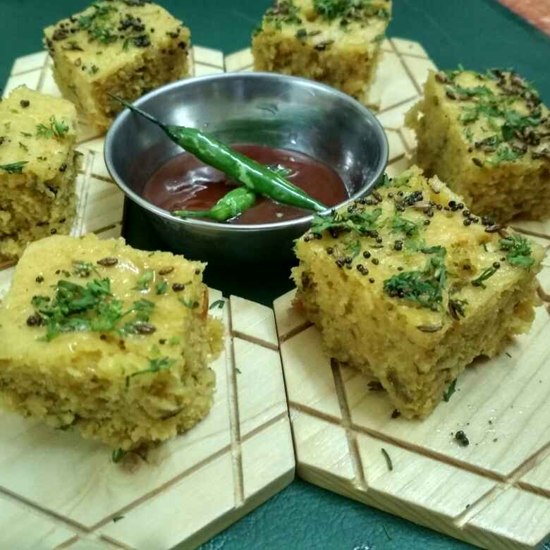 Photo of Leftover daalpalak dhokla by Teesha Vanikar at BetterButter