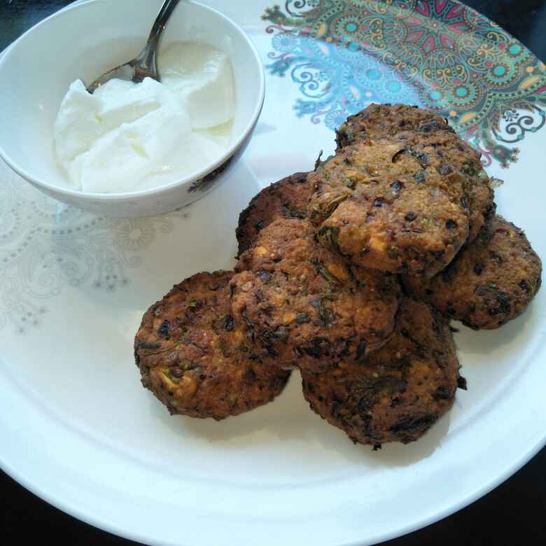 Photo of Masala Vada/ Daal Vada by Tejashree Ganesh at BetterButter