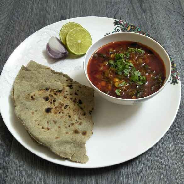 Photo of Spicy Daal Kanda,  Bhakri (Village Style) by Tejashree Ganesh at BetterButter