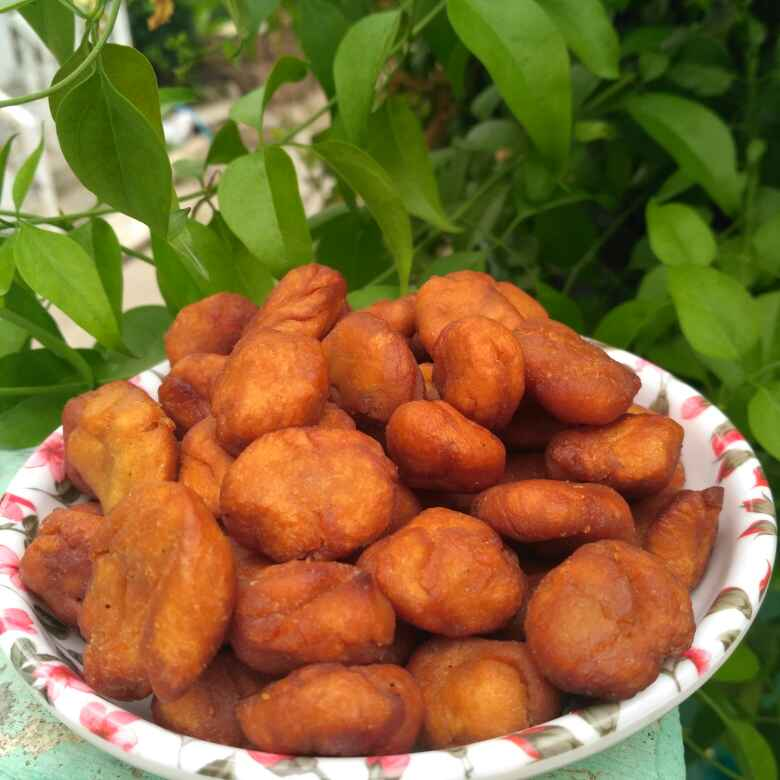 How to make Shakkarpara