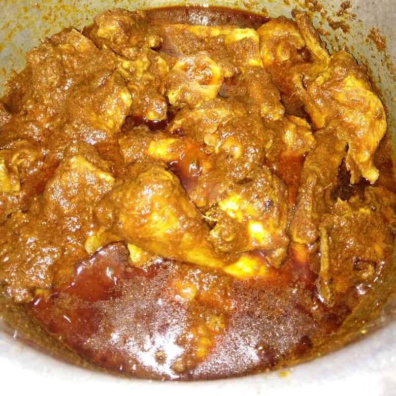 How to make Chicken masala gravy