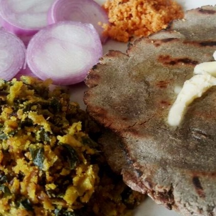 How to make Zhunka Bhakar - The Rustic Meal