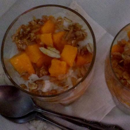 How to make Mango Yogurt Parfait With A Twist