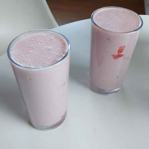 Photo of Strawberry Milk Shake by টিনা সাধুখাঁ at BetterButter