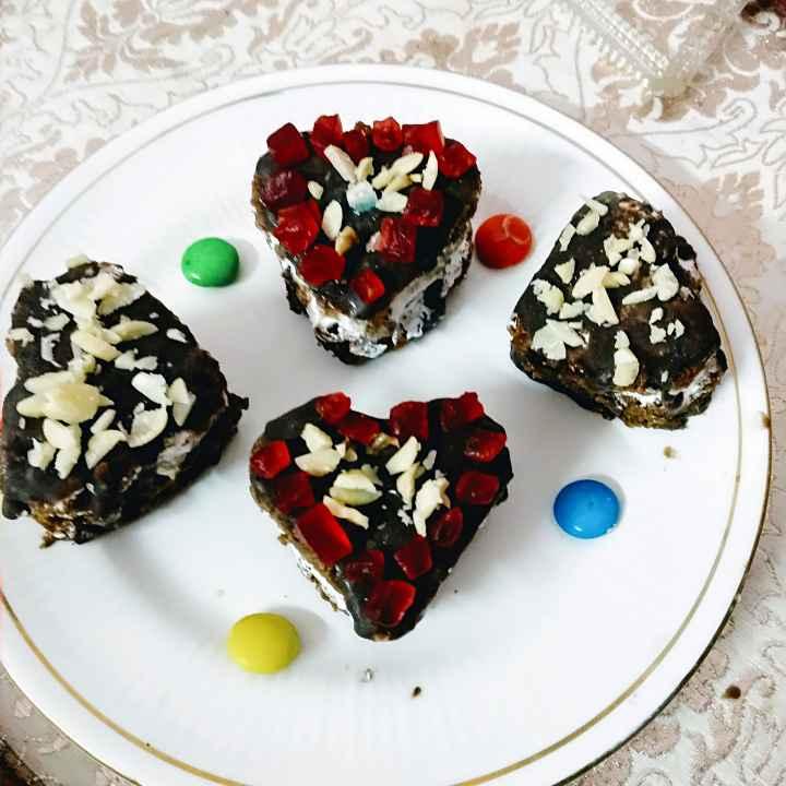Photo of Heart shape cake icecream sandwich by trapti jain at BetterButter