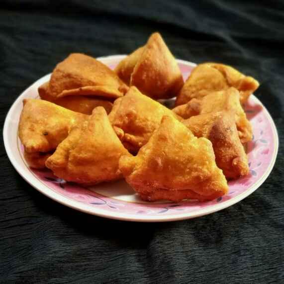 Photo of Mini samosa by vijay laxmi Vyas at BetterButter