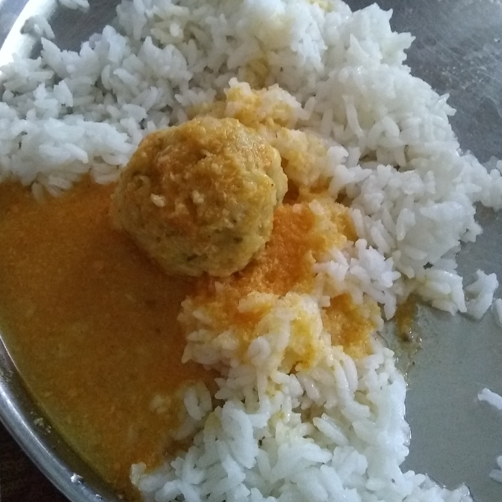How to make Kofta curry with coconut gravy