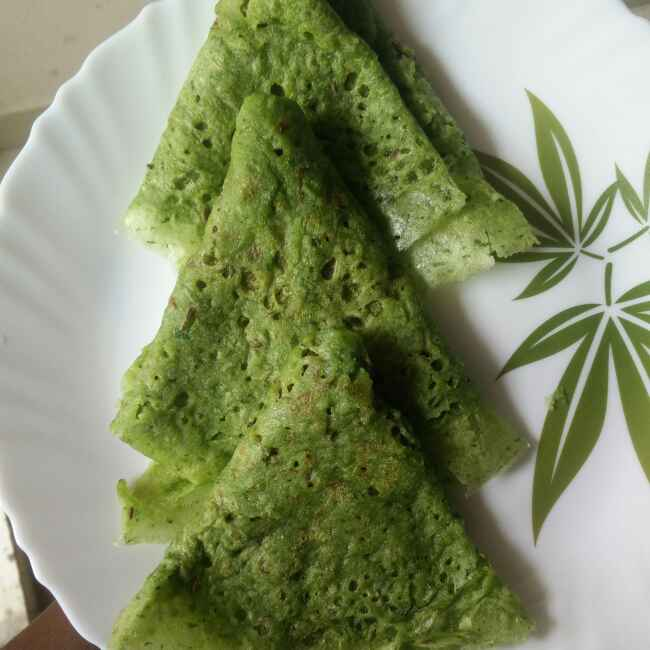 Photo of spinach  neer dosa by రమ్య వూటుకూరి at BetterButter