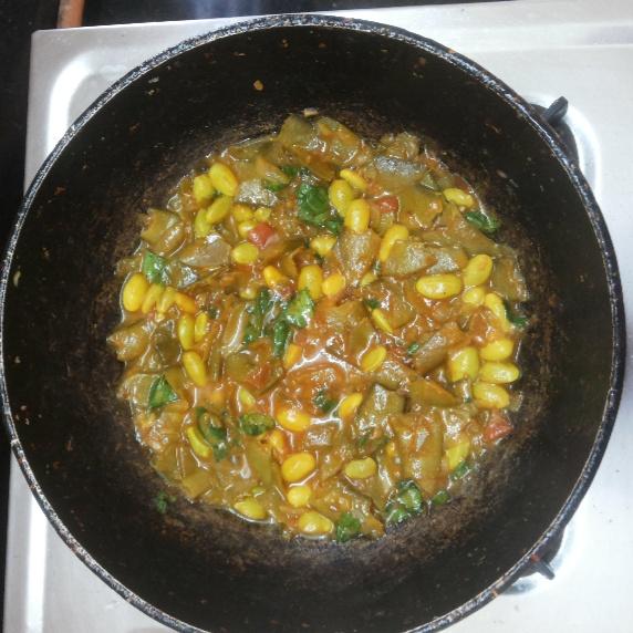 How to make Chikkudukaya tomato curry