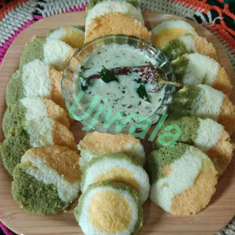 How to make Tricoloured Idli