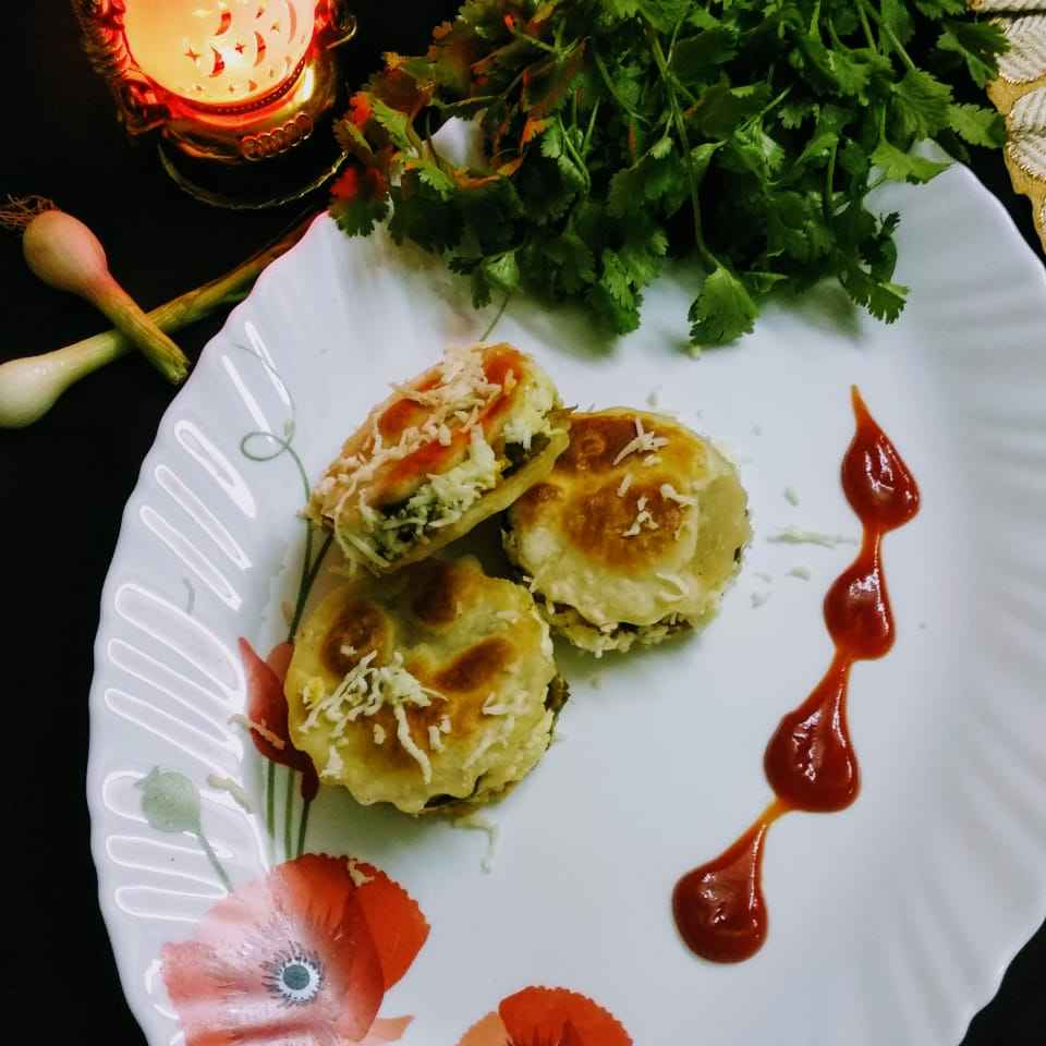Photo of VEGETABLE  PARATHA  SANDWHICH  MACAROONS by UMA PANDIT at BetterButter