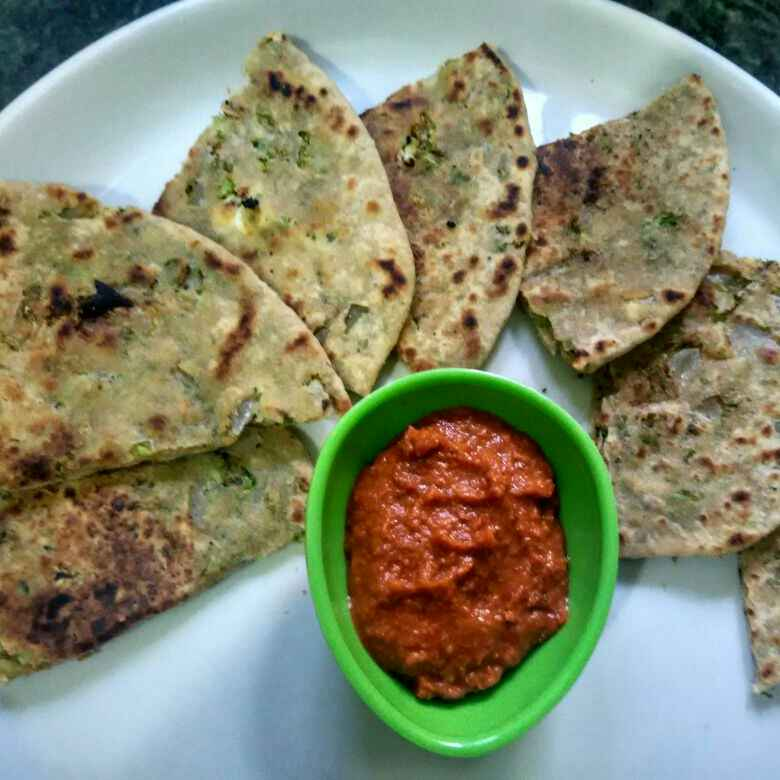 Photo of Brocoli pyaj paneera paratha by Urmila Agarwal at BetterButter