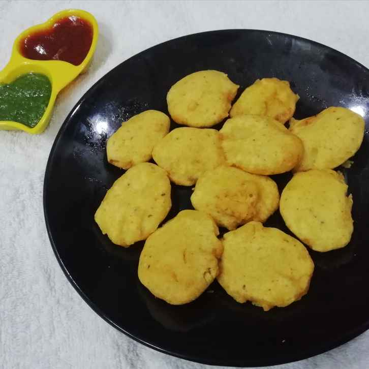 Photo of Potato fritters by Urvashi Belani at BetterButter