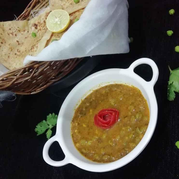 Photo of Green chana lahsuni kari by Urvashi Belani at BetterButter
