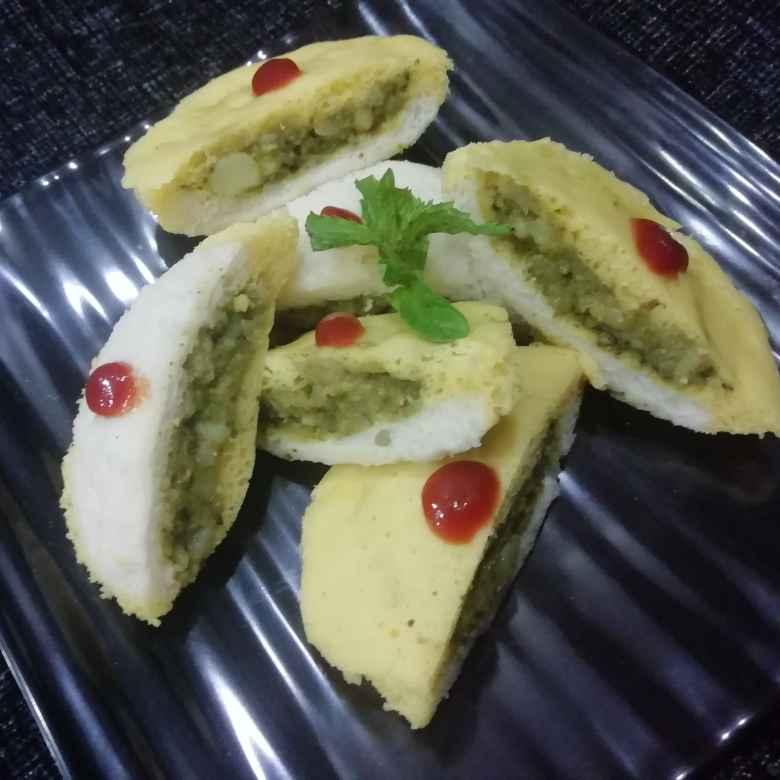 Photo of Stuffed bread dhokla by Urvashi Belani at BetterButter