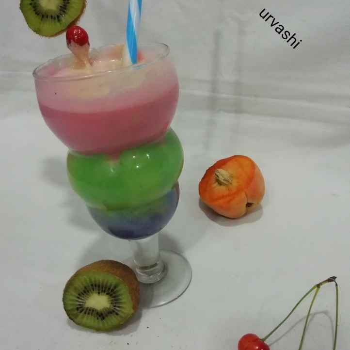 Photo of Tricolour smoothy by Urvashi Belani at BetterButter