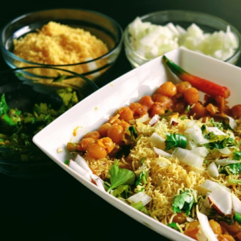 Photo of Ghugni Chaat (White dried peas chaat) by usashi mandal at BetterButter