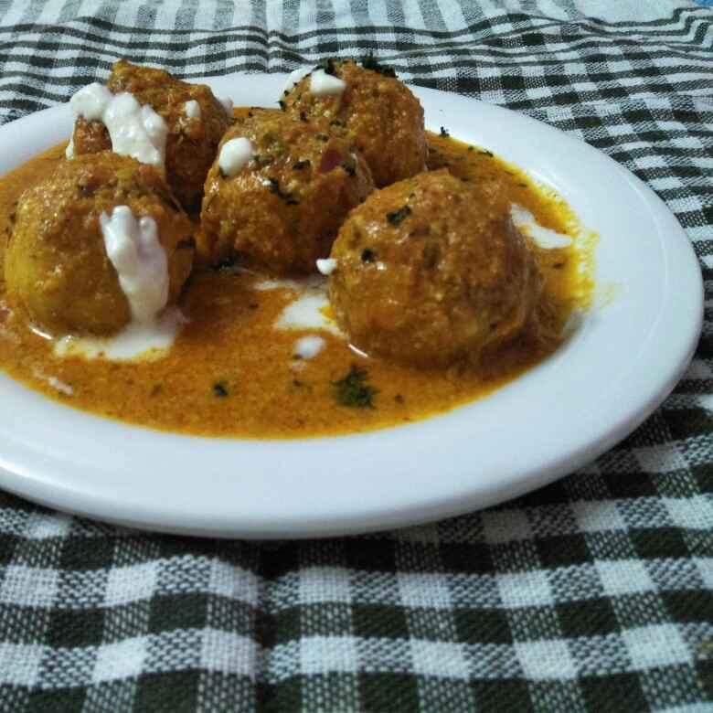 Photo of Stuffed paneer kofta curry by Usha Bohraa at BetterButter