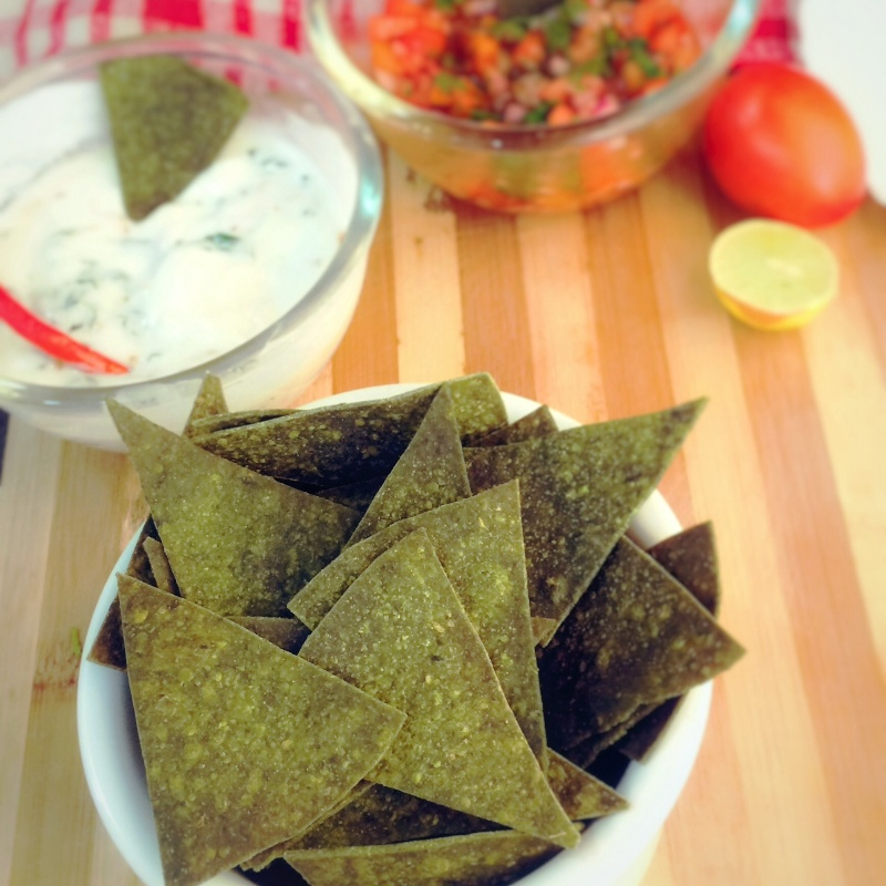 How to make Whole wheat basil and spinach nachos