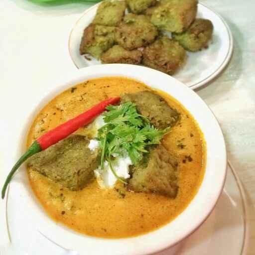 How to make Matar Gatte with Methi Makhani gravy