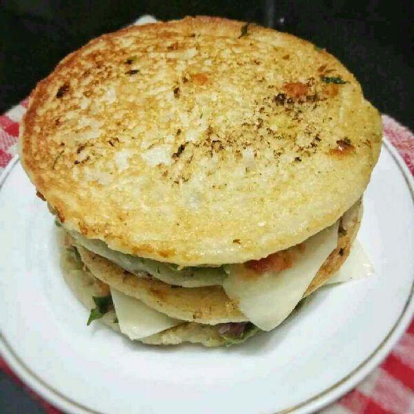 How to make Mini Uttapa Sandwich