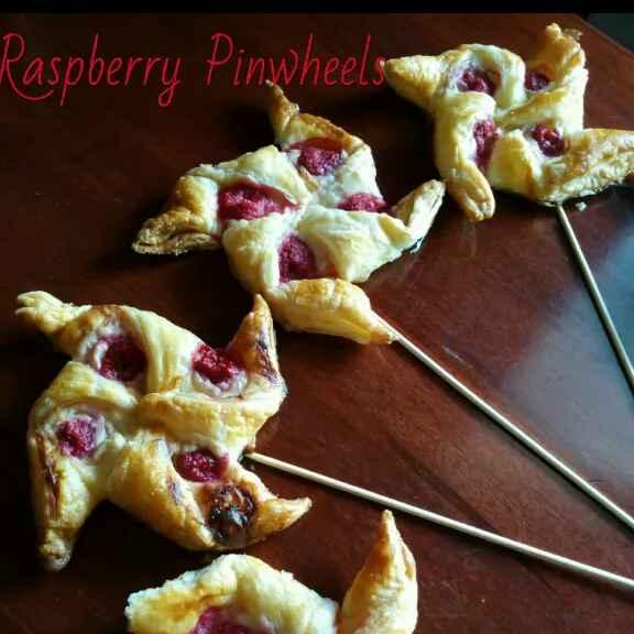 How to make Raspberry Pinwheels