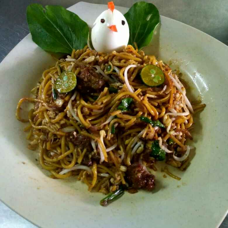 How to make Mee Goreng - malaysian stir fried noodles