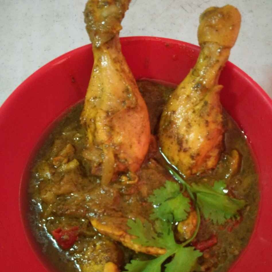 Photo of Curry leaves chicken masala by Vahitha Hasan at BetterButter