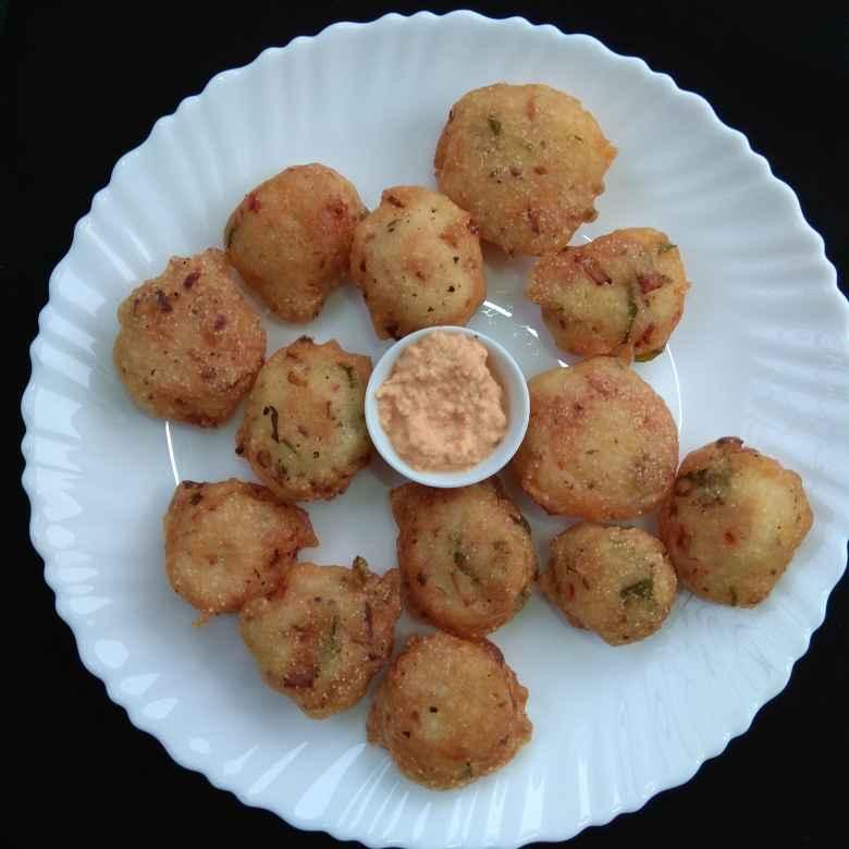 How to make Pungulu with leftover idli batter